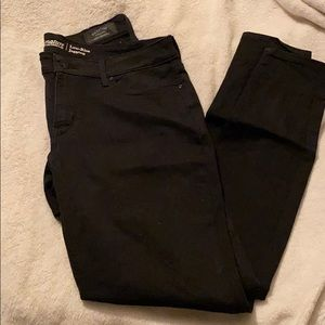 Black Levi Jegging